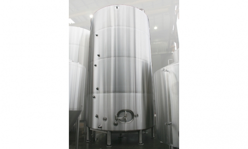 Bright Conditioning Cider Tanks